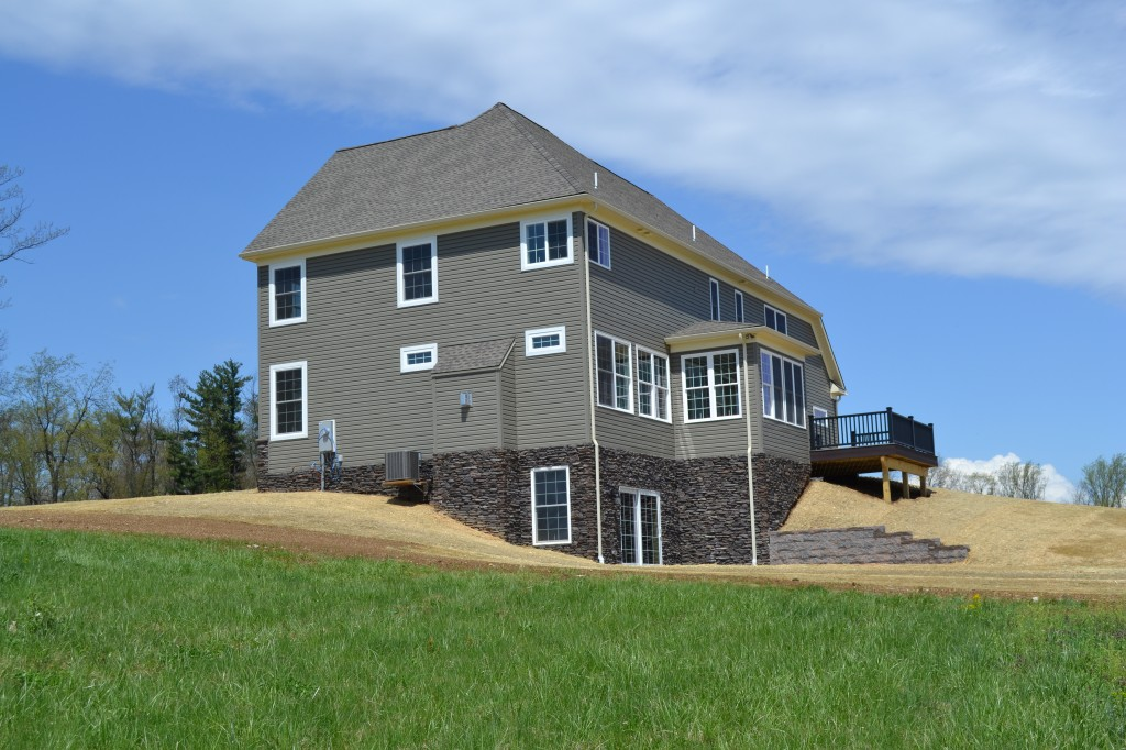 Right Elev. of custom home built by Jeffrey L. Henry, Inc. in 2014