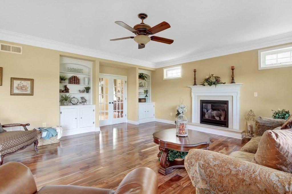JLH CUSTOM HOME-Family Toom with gas fireplace